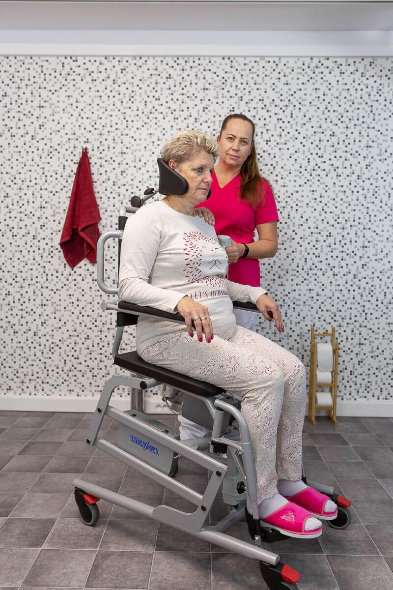 fotel prysznicowo-toaletowy triton dual winncare